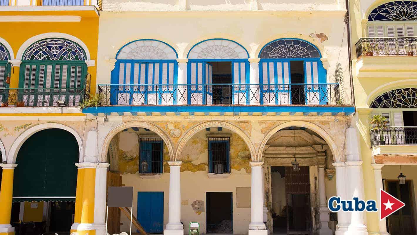Κτήρια στην Παλιά Πλατεία Αβάνα