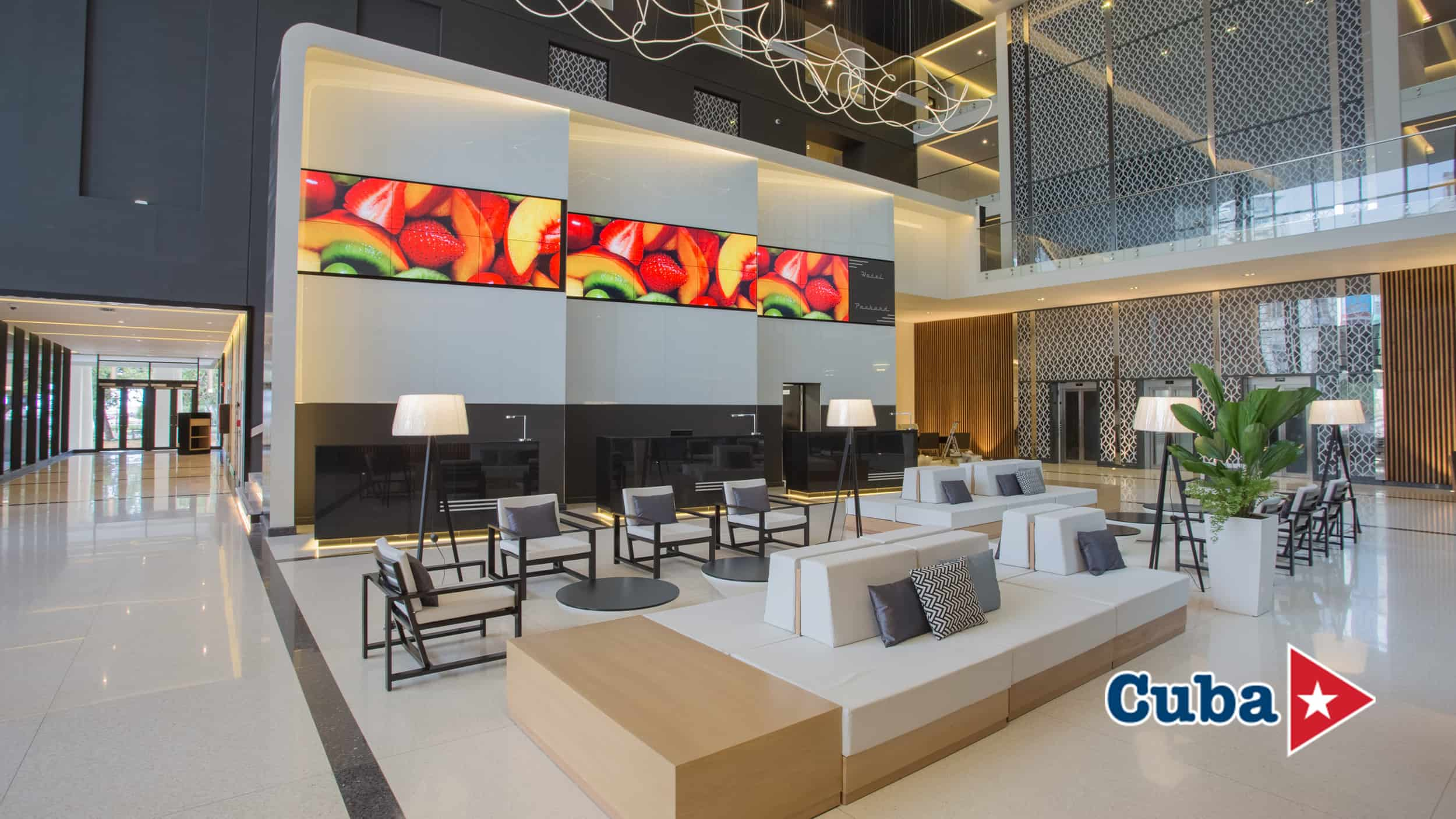 Lobby of Iberostar Grand Packard Hotel