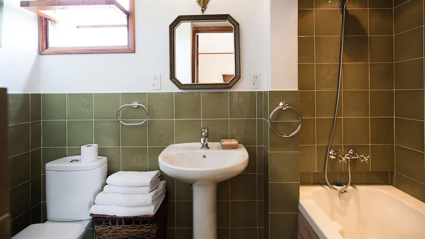 Το μπάνιο της βίλλας στην Αβάνα