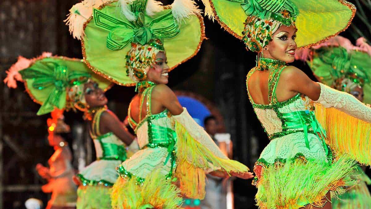 Skydream Travel custom tours - festival and dance performances